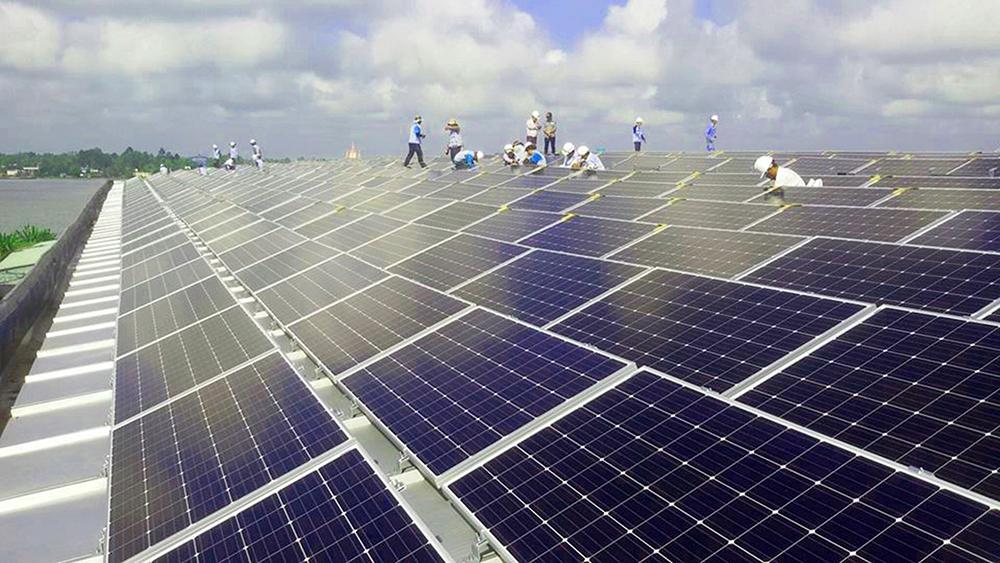 Phát triển năng lượng sạch