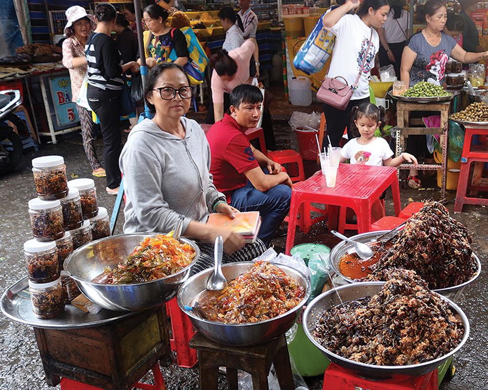 Chợ Châu Đốc mùa lễ hội