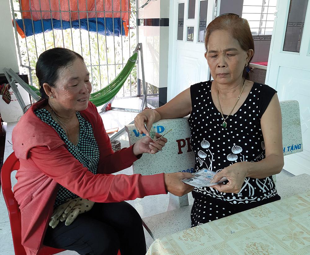 Người dân ấp Tân Huệ hầu hết hiểu ý nghĩa, lợi ích khi tham gia bảo hiểm y tế