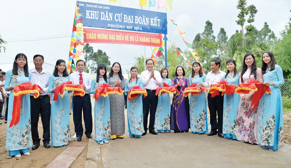 Khánh thành Khu dân cư Đại đoàn kết phường Mỹ Hòa (TP. Long Xuyên)