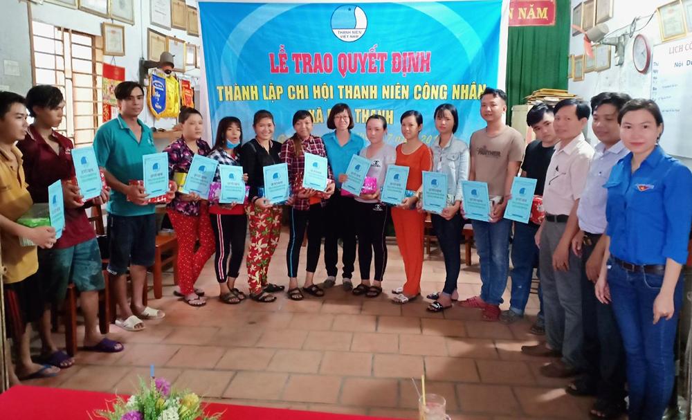"""Thành lập Chi hội """"Thanh niên công nhân"""" tại Phú Tân"""