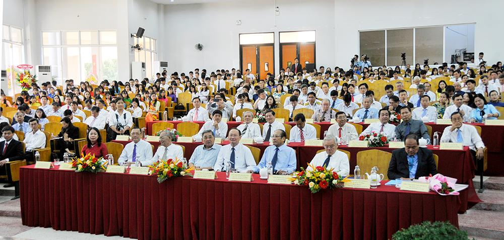Trường Đại học An Giang chính thức là thành viên Đại học Quốc gia TP. Hồ Chí Minh