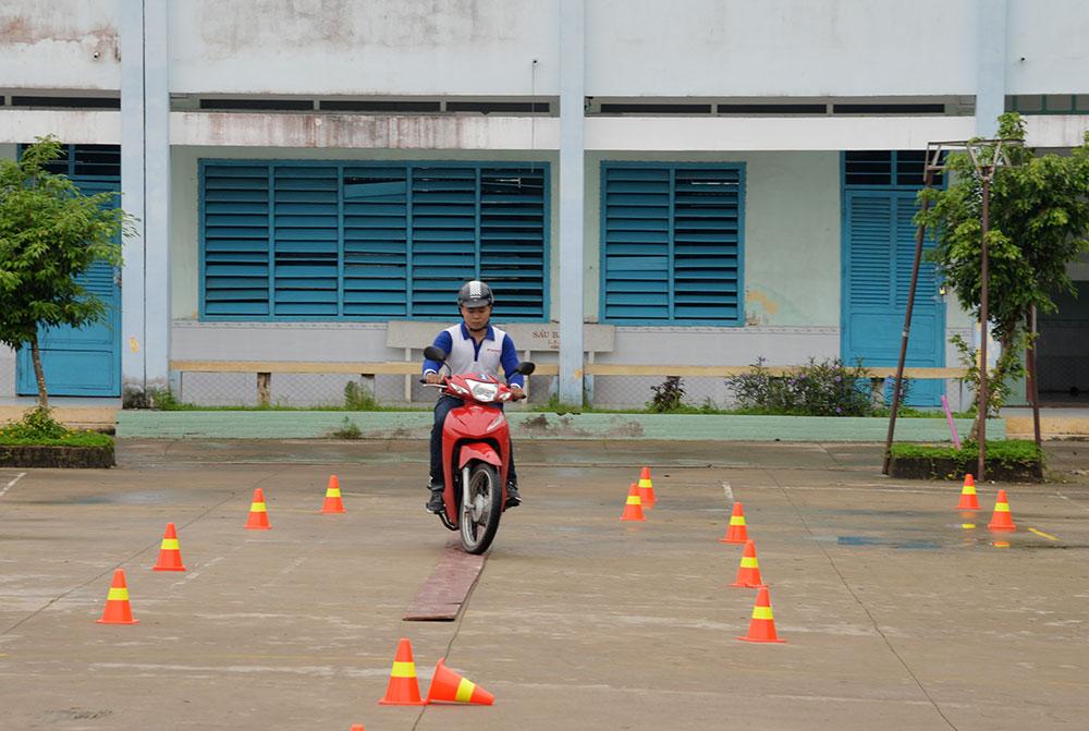 Tập huấn kỹ năng lái xe an toàn cơ bản