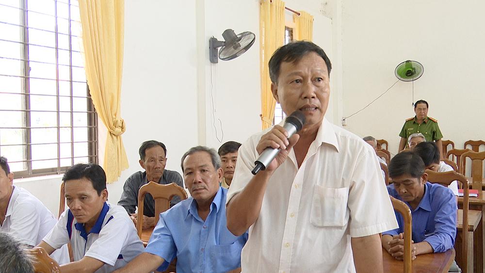 Công an huyện Châu Phú lắng nghe ý kiến nhân dân