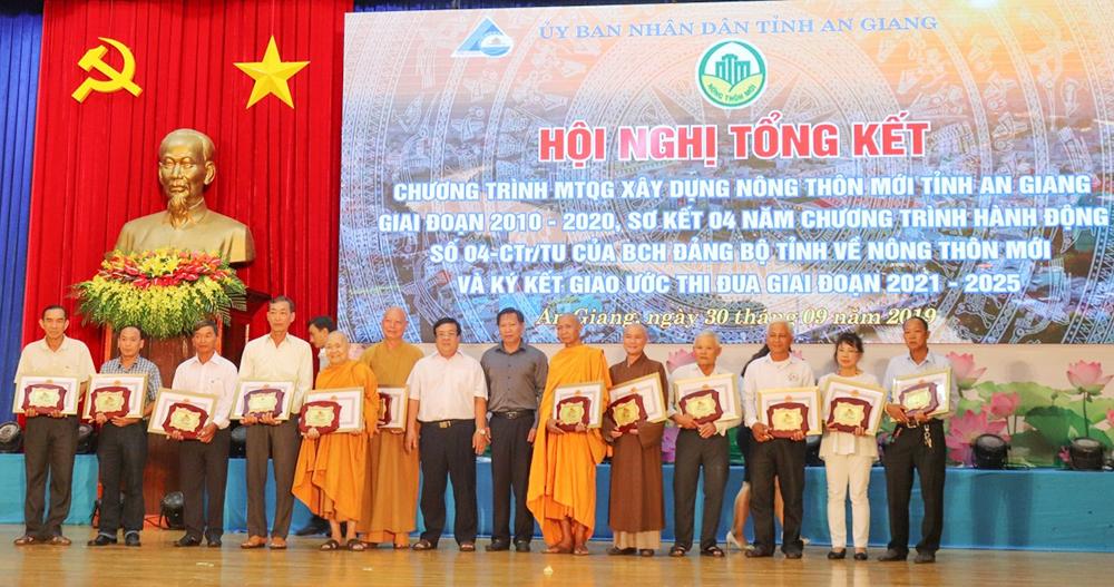 Vai trò của tổ chức Đảng trong xây dựng nông thôn mới ở An Giang