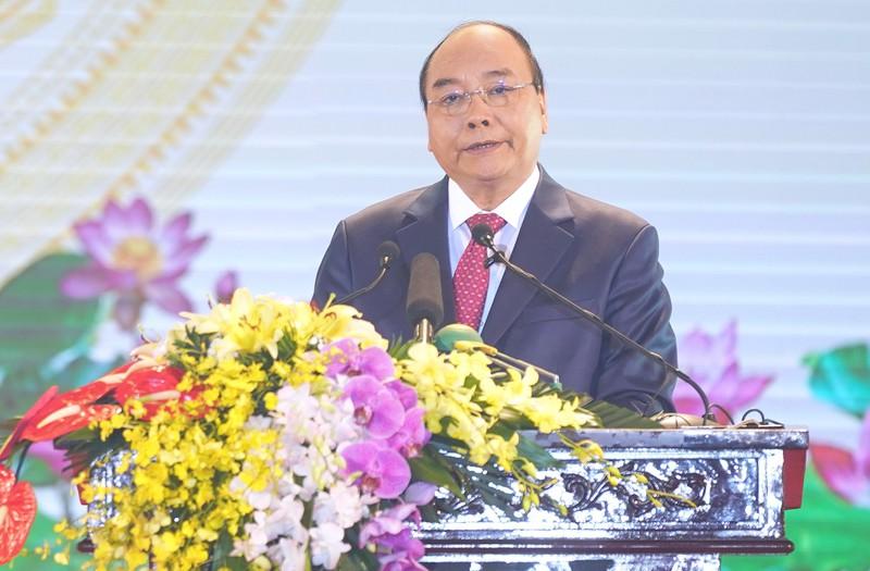 Thủ tướng Nguyễn Xuân Phúc phát biểu tại Lễ tuyên dương điển hình tiên tiến trong xây dựng nông thôn mới.