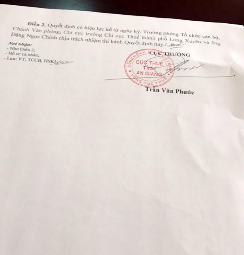 Kỷ luật, cách chức Phó Đội trưởng Đội Tuyên truyền - Hỗ trợ người nộp thuế - Trước bạ- Thu khác gây phiền hà, mượn tiền doanh nghiệp