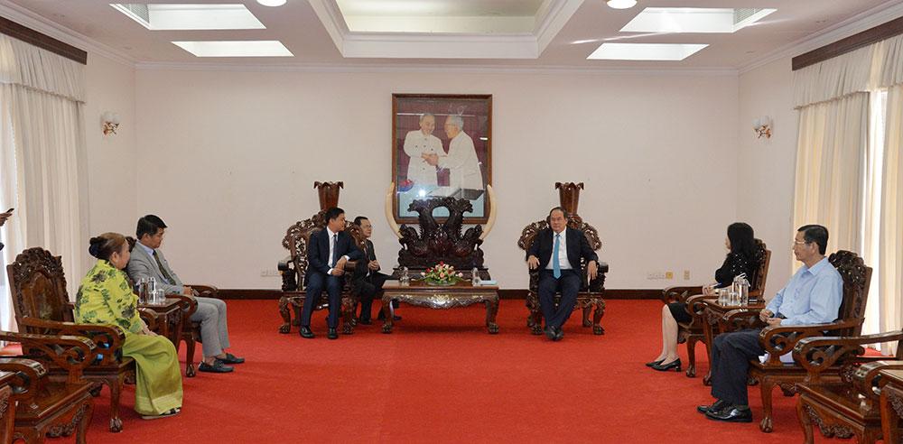 Chủ tịch UBND tỉnh Nguyễn Thanh Bình có buổi tiếp với ngài Sok Dareth, Tổng Lãnh sự quán Vương quốc Campuchia tại TP. Hồ Chí Minh