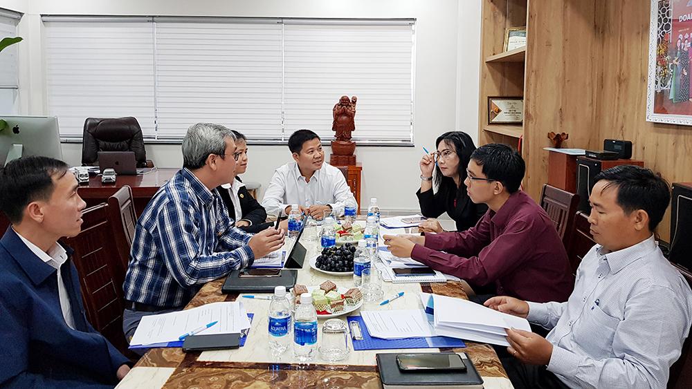 Thẩm định giải thưởng Sao Đỏ đối với 3 doanh nhân An Giang