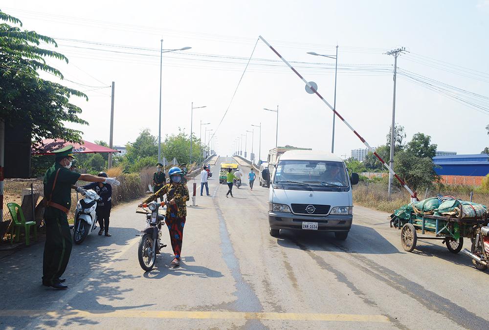 Tập trung chống dịch tại khu vực biên giới