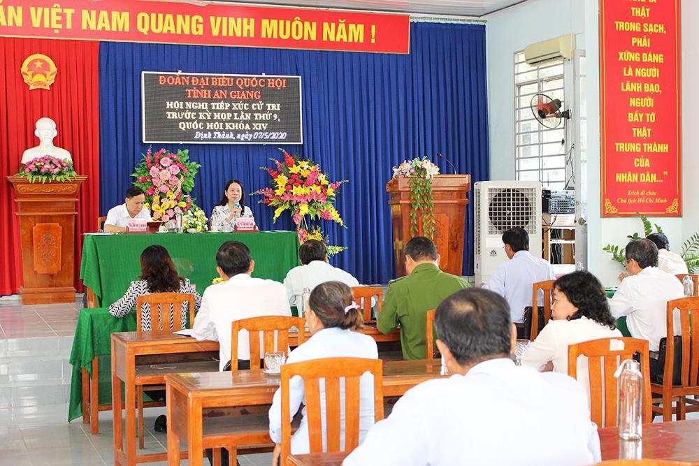 Bí thư Tỉnh ủy Võ Thị Ánh Xuân tiếp xúc cử tri trước kỳ họp lần thứ 9, Quốc hội khóa XIV