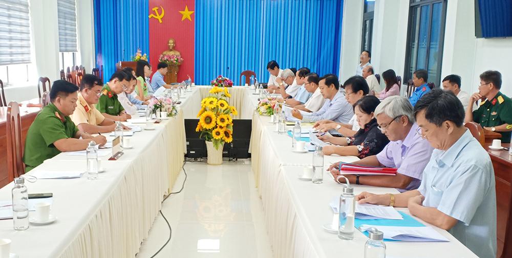 Ban Pháp chế HĐND tỉnh An Giang giám sát tại huyện Châu Phú