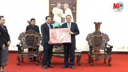 Chủ tịch UBND tỉnh tiếp Bí thư Tỉnh ủy, Tỉnh trưởng tỉnh Champasak