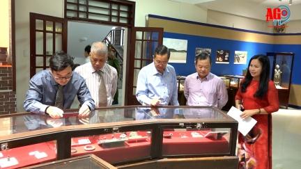 """Khai mạc trưng bày chuyên đề """"Hội ngộ Di sản văn hóa ba miền"""""""