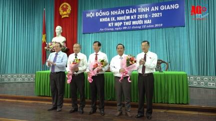 Khai mạc kỳ họp lần thứ 12 HĐND tỉnh khóa IX