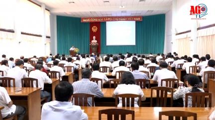 Thông tin kết quả công tác phân giới cắm mốc Việt Nam - Campuchia cho cán bộ chủ chốt
