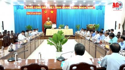 Chủ nhiệm Ủy ban Kiểm tra Trung ương Trần Cẩm Tú làm việc tại An Giang