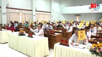 Kỳ họp lần thứ 16 HĐND tỉnh  khóa IX (nhiệm kỳ 2016-2021) thông qua 6 nghị quyết