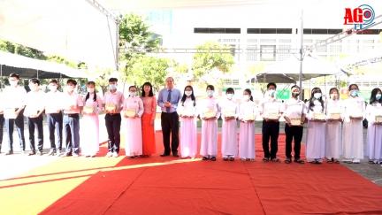 Lễ khai giảng năm học 2020-2021 được tổ chức trang nghiêm, ngắn gọn, an toàn