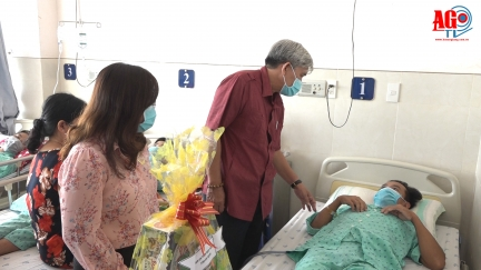 Ban An toàn giao thông tỉnh An Giang thăm nạn nhân tai nạn giao thông