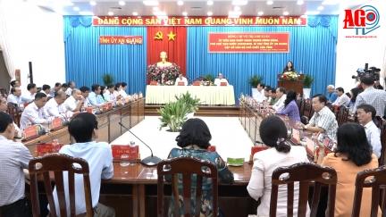 Phó Chủ tịch nước Cộng hòa Xã hội Chủ nghĩa Việt Nam Võ Thị Ánh Xuân gặp gỡ cán bộ chủ chốt tỉnh An Giang