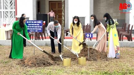 Phó Chủ tịch nước Võ Thị Ánh Xuân dự lễ phát động trồng cây xanh tại An Giang
