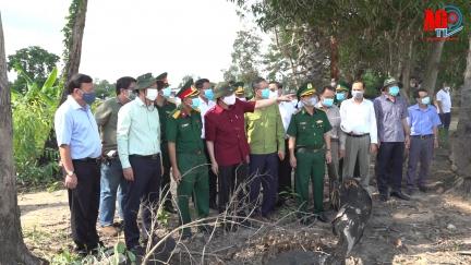Bí thư Tỉnh ủy An Giang Lê Hồng Quang khảo sát công tác phòng, chống dịch bệnh COVID-19 tại các chốt biên giới trên địa bàn 2 huyện Tịnh Biên và Tri Tôn