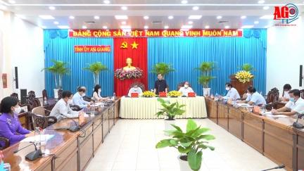 Thường trực Tỉnh ủy An Giang làm việc với lãnh đạo Đoàn đại biểu Quốc hội tỉnh và HĐND tỉnh