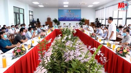 Huyện Châu Phú đối thoại doanh nghiệp nhằm từng bước khôi phục lại hoạt động sản xuất kinh doanh