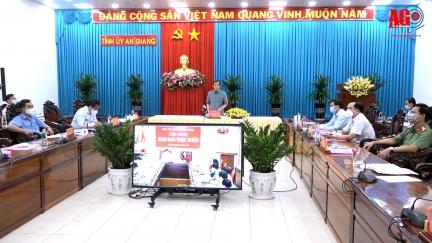 Bí thư Tỉnh ủy An Giang Lê Hồng Quang tham dự hội nghị giao ban trực tuyến đánh giá tình hình, kết quả công tác tổ chức xây dựng Đảng