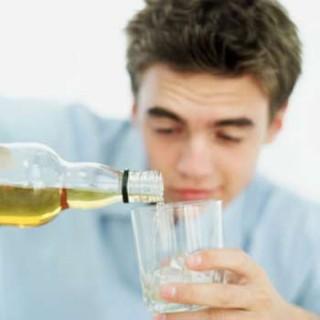 15 lưu ý khi uống rượu