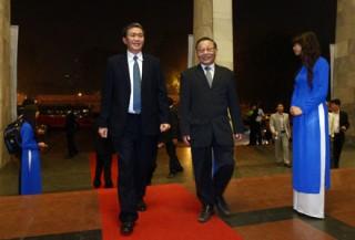 """<font size=""""2"""">Chặng đường thứ 8 Nhân tài Đất Việt đã phát hiện,  tôn vinh thêm nhiều tài năng của đất nước. Giải thưởng cao nhất trong  lĩnh vực CNTT, Y dược và Khoa học ứng dụng đã được trao tới các tác giả,  nhóm tác giả.</font>"""
