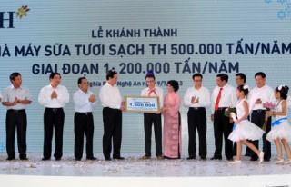 Khánh thành Nhà máy sữa tươi lớn nhất Đông Nam Á
