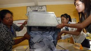 Giải quyết những bất đồng sau bầu cử ở Campuchia