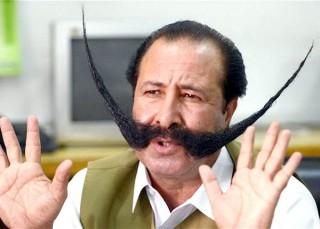Pakistan: Người đàn ông bị đe dọa mạng sống vì râu