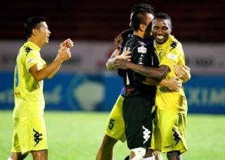 Hà Nội T&T chính thức vô địch V-League 2013
