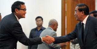 """<font size=""""2"""">Đảng Cứu nguy Dân tộc Campuchia (CNRP) đối lập vẫn duy  trì kế hoạch không tham dự cuộc họp đầu tiên của quốc hội mới, bất chấp  những cuộc họp liên tiếp với đảng Nhân dân Campuchia (CPP).</font>"""