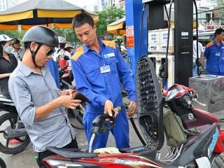 Phạt nặng vi phạm về xăng dầu