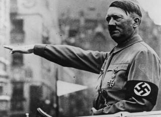 """FBI điều tra vụ """"Hitler dùng tàu ngầm trốn sang Argentina"""""""