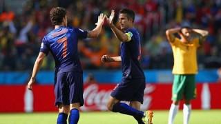 Australia 2-3 Hà Lan: Rượt đuổi nghẹt thở