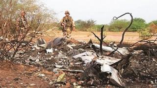 Máy bay Algeria có thể nổ đột ngột trên không