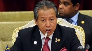 Ngoại trưởng Malaysia nổi đóa với giả thuyết phi công MH370 tự sát