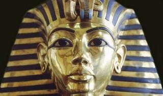 Sự thật sau chiếc mặt nạ vàng tuyệt đẹp của vua Tutankhamun