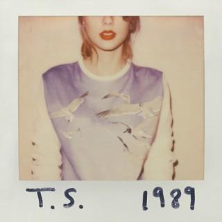 Album mới của Taylor Swift bán chạy nhất 12 năm qua