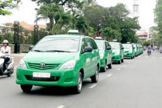 Giá cước taxi tiếp tục giảm