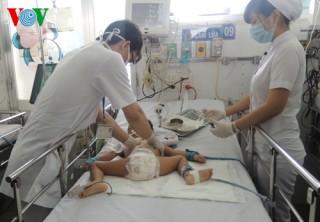 Bệnh viện Nhi đồng 1 cứu sống bệnh nhi sốc sốt xuất huyết nặng