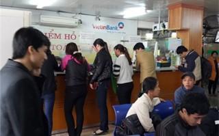Ép làm thẻ ATM ở Bệnh viện Bạch Mai: Các bên lên tiếng