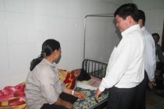 Hà Tĩnh: 23 công nhân Formosa nhập viện vì ngộ độc thức ăn