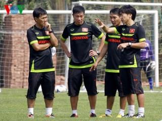 """World Cup, SEA Games: HLV Miura """"buông"""" gì khi trước mắt là người Thái"""