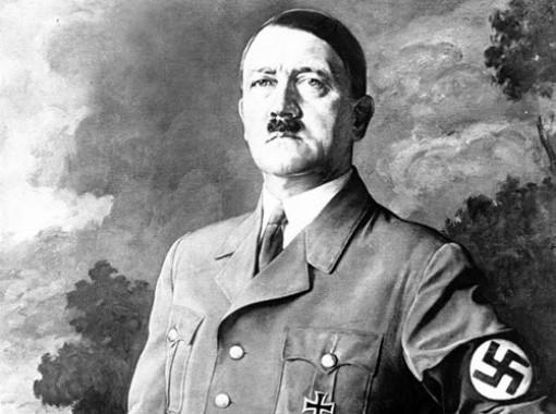 """Trong cơn khốn quẫn, Hitler ra lệnh """"hủy diệt"""" nước Đức"""